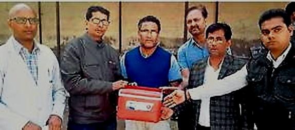 पांड्या और गोयल के परिजनों ने कराया नेत्रदान