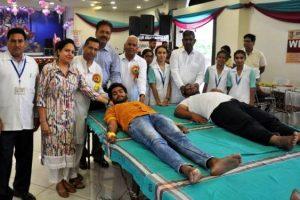 रक्तदान शिविर में 83 ने किया रक्तदान