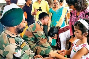 Parishad celebrates Independence Day and Rakhi with soldiers