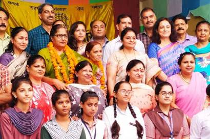 Nine reputed educational institutions honoured as per Gurukul Parampara