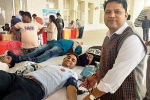 रक्तदान से बढ़कर कोई दान नहीं – शिविर में 100 यूनिट रक्त एकत्रित