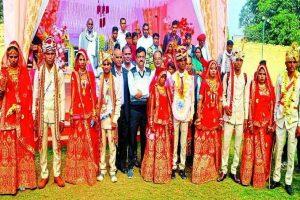 आधा दर्जन निर्धन कन्याओं का सामूहिक सरल विवाह