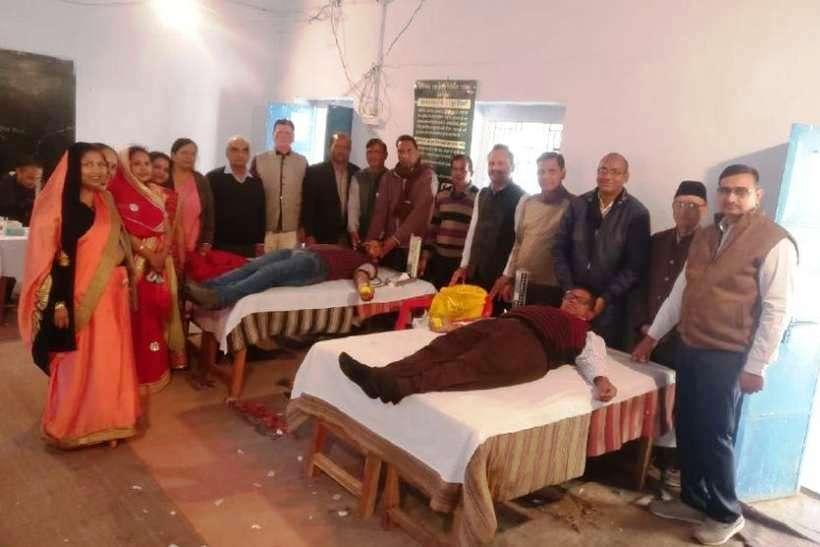 25वां रक्तदान शिविर में 75 लोगों ने रक्तदान किया