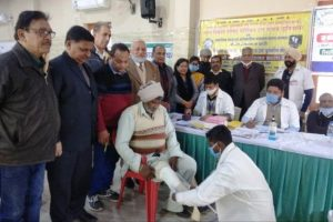 अलग-अलग गांव से आए 70 जरूरतमंद मरीजों को कृत्रिम अंग